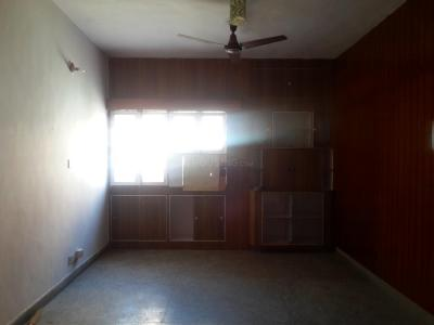 Gallery Cover Image of 1300 Sq.ft 2 BHK Apartment for buy in C-9, Vasant Kunj for 23000000