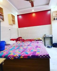 Bedroom Image of Shri Krishna Pg(for Boys) Laxminagar in Laxmi Nagar