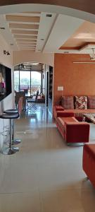 Gallery Cover Image of 1600 Sq.ft 3 BHK Apartment for buy in Shahibaug for 11000000