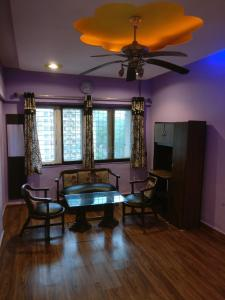 Gallery Cover Image of 780 Sq.ft 2 BHK Apartment for rent in Goregaon East for 33000