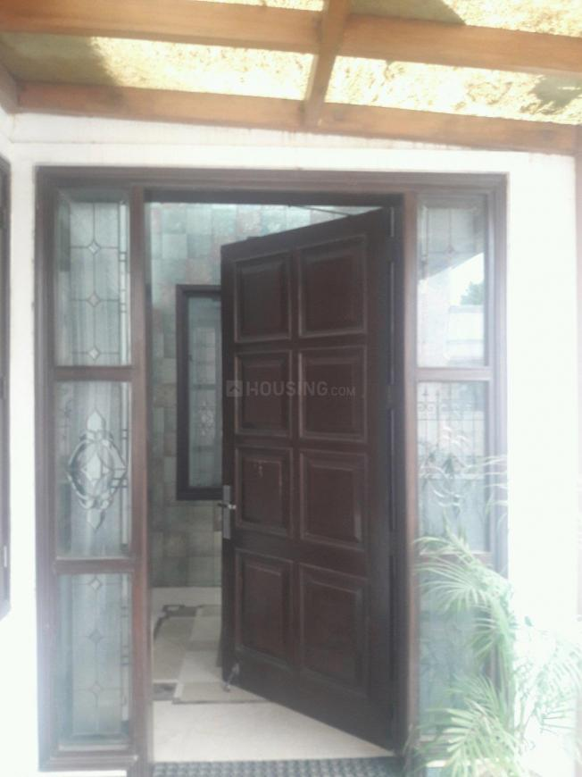 5 BHK Independent House in Golf Course Road, Near American Express Banking  Corporation (corporate Office), K Block, DLF Phase 2 for rent - Gurgaon  