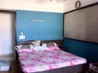 Gallery Cover Image of 3300 Sq.ft 3 BHK Apartment for rent in Bandra West for 375000