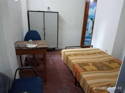 Bedroom Image of Paying Guest in Kalighat