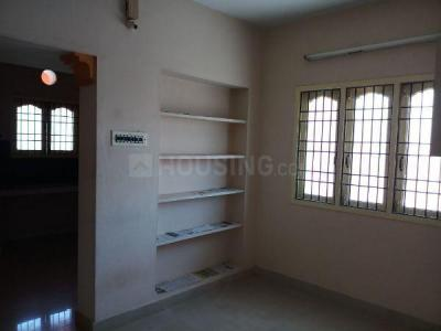 Gallery Cover Image of 630 Sq.ft 1 BHK Independent House for rent in Ramapuram for 10000