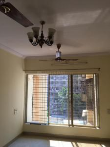 Gallery Cover Image of 660 Sq.ft 1 BHK Apartment for rent in Malad West for 28000