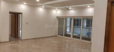 Gallery Cover Image of 2450 Sq.ft 3 BHK Apartment for rent in Chetpet for 110000