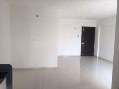 Gallery Cover Image of 995 Sq.ft 2 BHK Apartment for rent in Kalas for 20000