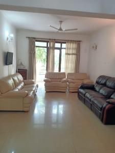 Gallery Cover Image of 1935 Sq.ft 3 BHK Apartment for rent in Vipul Greens, Sector 48 for 43000