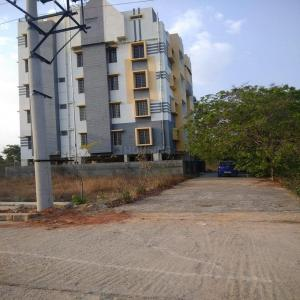Gallery Cover Image of 1025 Sq.ft 2 BHK Apartment for buy in Baglur for 2870000