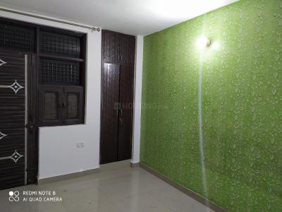 Gallery Cover Image of 750 Sq.ft 2 BHK Independent Floor for rent in Dwarka Mor for 12000