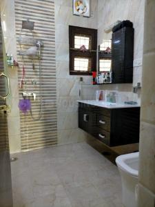 Gallery Cover Image of 1800 Sq.ft 4 BHK Apartment for buy in DDA Flats Sarita Vihar, Sarita Vihar for 23100000