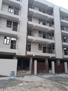 Gallery Cover Image of 1200 Sq.ft 3 BHK Apartment for buy in Sector 99 for 5000000