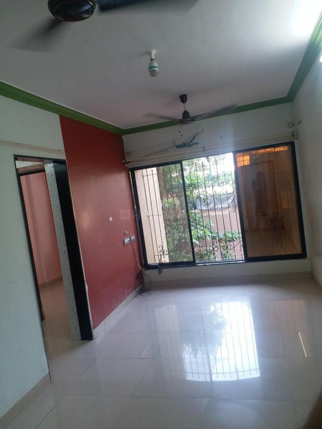 Living Room Image of 418 Sq.ft 1 BHK Apartment for rent in Borivali West for 18000