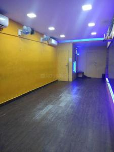 Gallery Cover Image of 850 Sq.ft 1 BHK Apartment for rent in Goregaon West for 35000