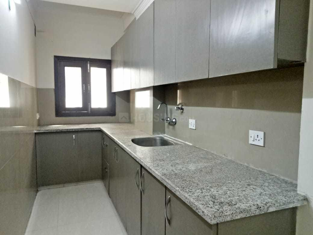 Kitchen Image of 800 Sq.ft 2 BHK Apartment for buy in Chhattarpur for 2500000