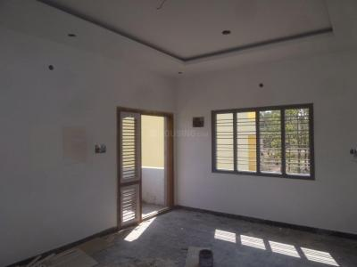 Gallery Cover Image of 1000 Sq.ft 3 BHK Apartment for rent in Tigalarapalya for 16000