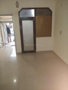 Gallery Cover Image of 600 Sq.ft 1 BHK Independent Floor for rent in Sector 4 Rohini for 13000