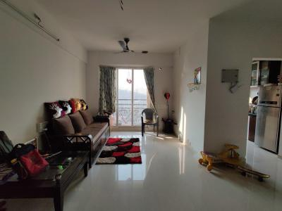 Gallery Cover Image of 996 Sq.ft 2 BHK Apartment for rent in Thane West for 25000