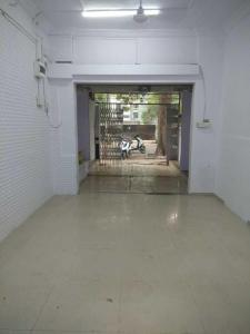Gallery Cover Image of 600 Sq.ft 1 BHK Independent Floor for rent in Andheri West for 50000