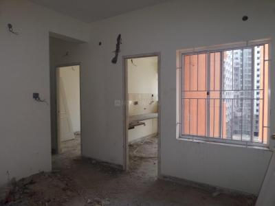 Gallery Cover Image of 780 Sq.ft 2 BHK Apartment for buy in Pattabiram for 3584000