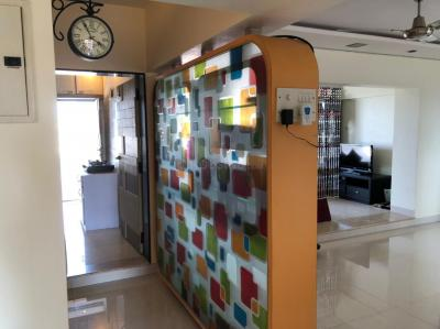 Gallery Cover Image of 1200 Sq.ft 3 BHK Apartment for rent in God Gift Towers, Andheri West for 95001