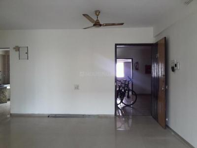 Gallery Cover Image of 1500 Sq.ft 3 BHK Apartment for rent in Kharghar for 27000