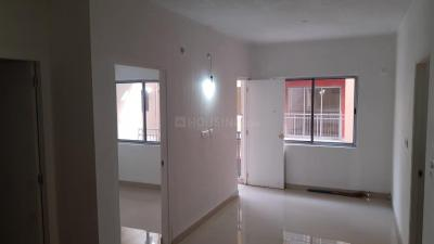Gallery Cover Image of 750 Sq.ft 2 BHK Apartment for rent in Swangreen, Joka for 10000