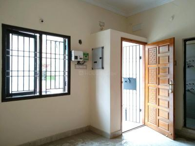 Gallery Cover Image of 1100 Sq.ft 3 BHK Independent House for buy in Pozhichalur for 5000000