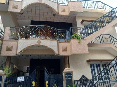 Gallery Cover Image of 1200 Sq.ft 2 BHK Independent House for rent in Kodigehalli for 13000