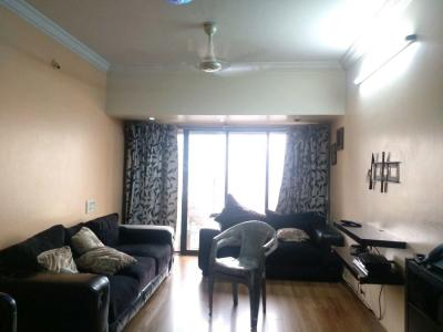 Gallery Cover Image of 950 Sq.ft 2 BHK Apartment for buy in Malad East for 14500000