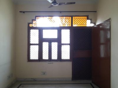 Gallery Cover Image of 850 Sq.ft 1 BHK Independent Floor for rent in 1031, Sector 23A for 13500