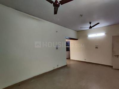 Gallery Cover Image of 1400 Sq.ft 2 BHK Apartment for rent in Pocket C RWA Sarita Vihar, Sarita Vihar for 30000