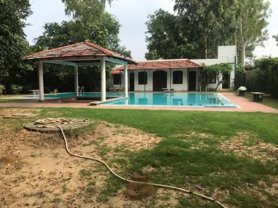 Gallery Cover Image of 8000 Sq.ft 4 BHK Villa for rent in Rajokri for 300000