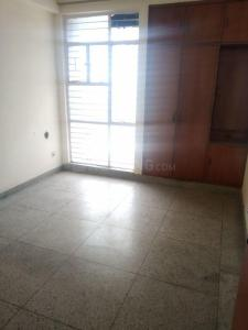Gallery Cover Image of 1500 Sq.ft 3 BHK Apartment for rent in Sector 2 Dwarka for 27000