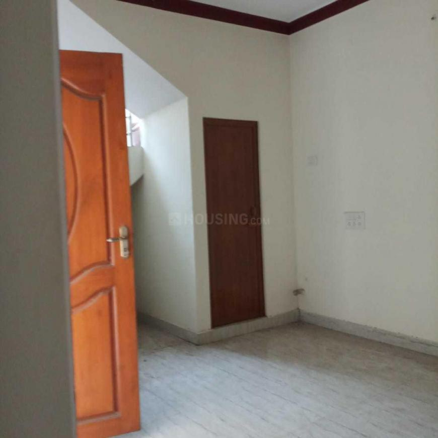 Living Room Image of 1200 Sq.ft 2 BHK Independent House for buy in Kolathur for 6900000