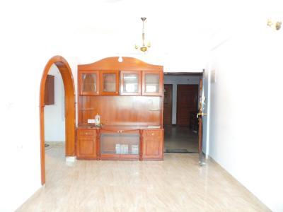 ईजीपुरा  में 6000000  खरीदें  के लिए 6000000 Sq.ft 2 BHK अपार्टमेंट के हॉल  की तस्वीर