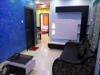 Gallery Cover Image of 1100 Sq.ft 3 BHK Apartment for rent in Behala for 15000