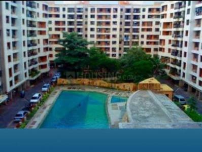 Gallery Cover Image of 1250 Sq.ft 3 BHK Apartment for rent in Sheth Vasant Galaxy, Goregaon West for 55000