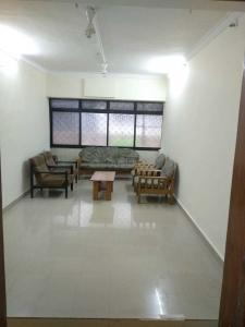 Gallery Cover Image of 1000 Sq.ft 2 BHK Apartment for rent in Santacruz West for 60000