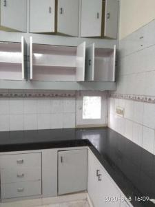 Gallery Cover Image of 1200 Sq.ft 2 BHK Independent Floor for rent in Pocket L Sarita Vihar RWA, Sarita Vihar for 27000