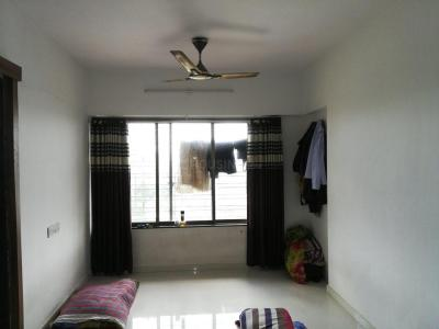 Gallery Cover Image of 450 Sq.ft 1 BHK Apartment for rent in Borivali East for 24000