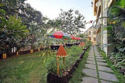 Gallery Cover Image of 8000 Sq.ft 10 BHK Independent Floor for buy in Panchgani for 200000000