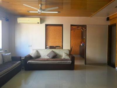 Gallery Cover Image of 4500 Sq.ft 4 BHK Independent House for buy in Thane West for 55000000