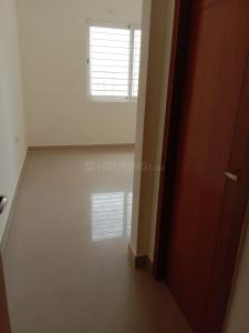 Gallery Cover Image of 1100 Sq.ft 2 BHK Apartment for rent in Semmancheri for 15000