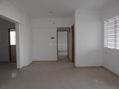 Gallery Cover Image of 1050 Sq.ft 2 BHK Apartment for buy in Mundhwa for 5500000