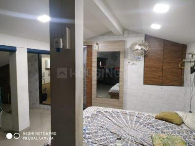 Gallery Cover Image of 500 Sq.ft 1 BHK Apartment for rent in Suraj, Marine Lines for 40000