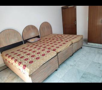 सेक्टर 21 में एसके-पीजी के बेडरूम की तस्वीर