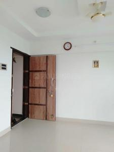 Gallery Cover Image of 960 Sq.ft 2 BHK Apartment for rent in Meera Avenue, Vasai East for 10000