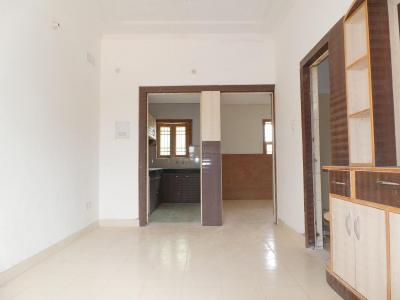 Gallery Cover Image of 1400 Sq.ft 2 BHK Independent House for buy in Sector 52 for 5500000