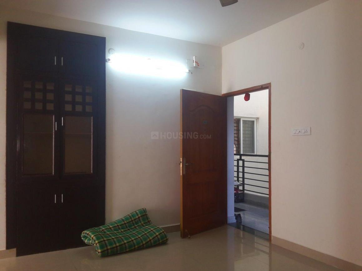 Living Room Image of 1100 Sq.ft 3 BHK Apartment for buy in Thoraipakkam for 4950000